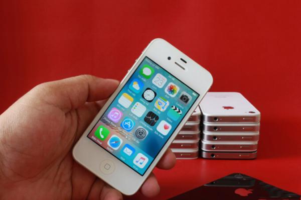 Điện thoại iPhone4s 16GB bản quốc tế lắp sim sài ngay
