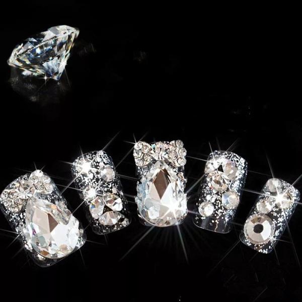 Bộ Vip 24 móng tay giả nail đính đá 3D kim cương sáng lấp lánh giá rẻ