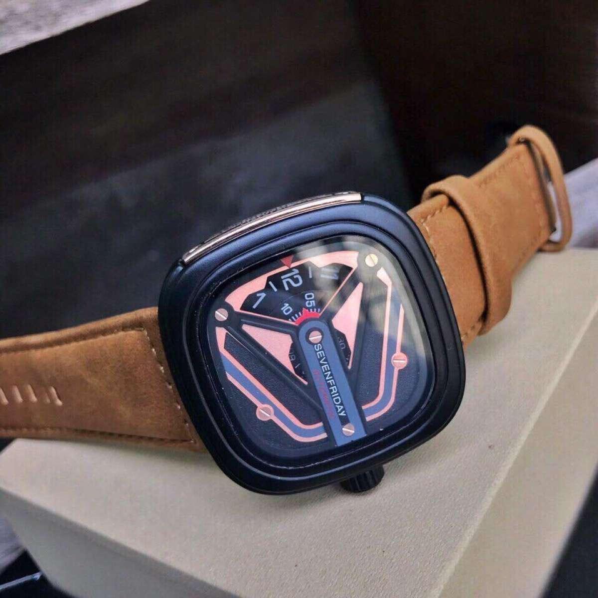 Đồng hồ thời trang lịch lãm sang trọng hạng thương gia SEVEN FRIDAY