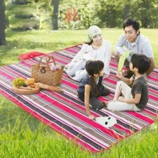 Thảm trải dã ngoại picnic du lịch đi phượt, thảm trải sàn ngủ văn phòng gấp gọn đa năng không tấm nước, kích thước 180cm x 150cm thumbnail