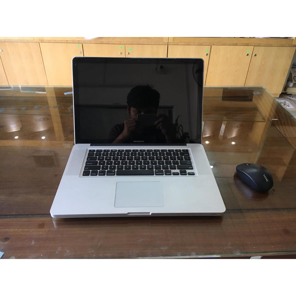 Macbook Pro 15.6in  core i7/4G/500G Late 2011