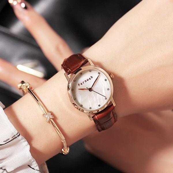 Đồng hồ nữ dây da mặt tròn nâu cổ điển Fernweh ĐHĐ6403 bán chạy