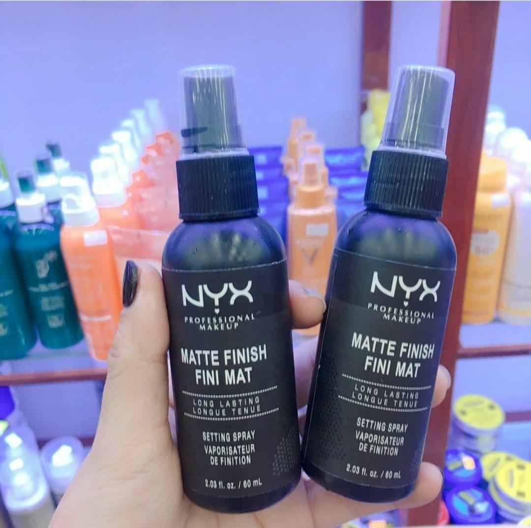 Xịt Khóa Lớp Trang Điểm NYX Long Lasting Setting Spray nhập khẩu