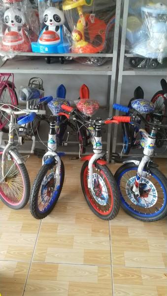 Mua Xe đạp 20in cho trẻ tập chạy