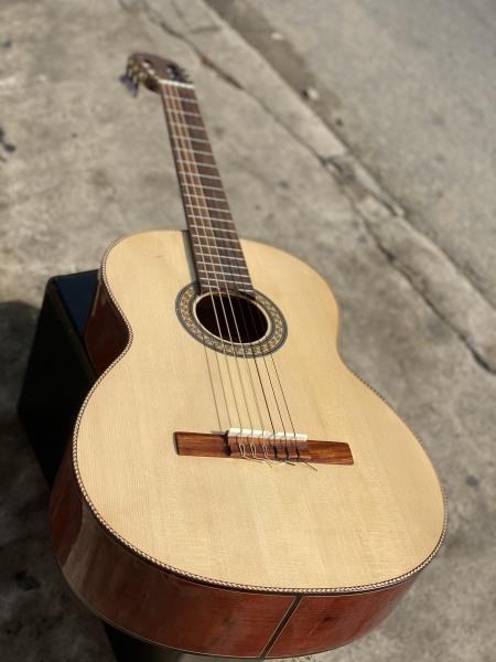 Đàn guitar classic viền bông lúa gỗ hồng đào nguyên tấm
