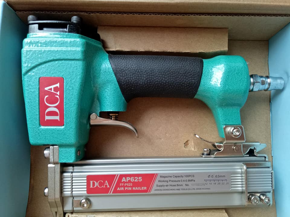 Máy đóng đinh ghim dùng hơi DCA AP625  (Xanh)