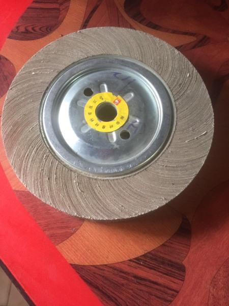 nhám bánh xe - bánh nhám xếp - bánh nhám đánh bóng giá tốt