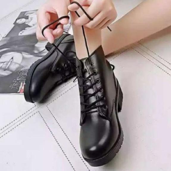 Giày Bốt da nữ Hàn quốc đế 5cm cực đẹp, bốt dây da mềm đôn đế hàng full box kèm clip giá rẻ