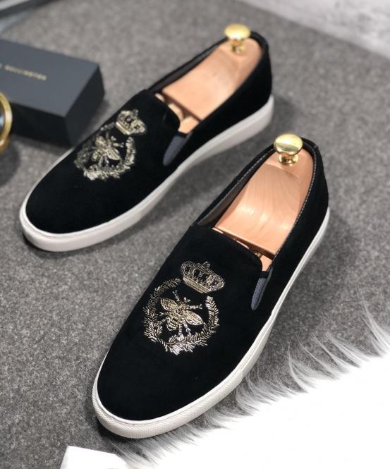 Giày lười vải nỉ đen da lộn nam thêu laze ong nhũ vàng Shyn Store giá rẻ