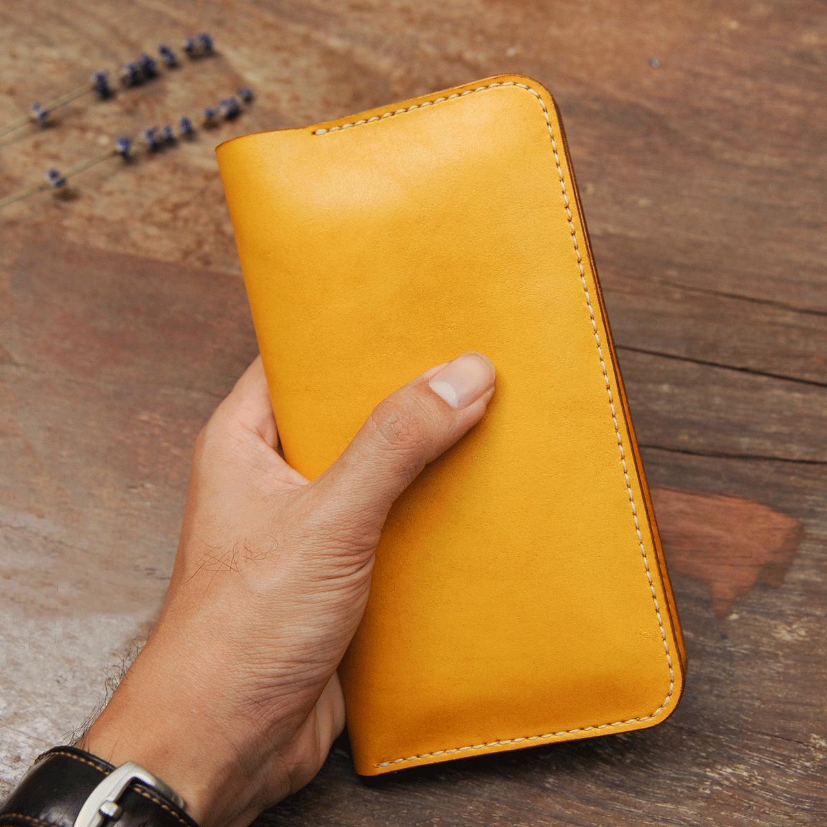 Ví dài cầm tay nữ có ngăn đựng điện thoại màu vàng handmade - Ví Da bò - Ví dài cầm tay nữ Mino Crafts VI482