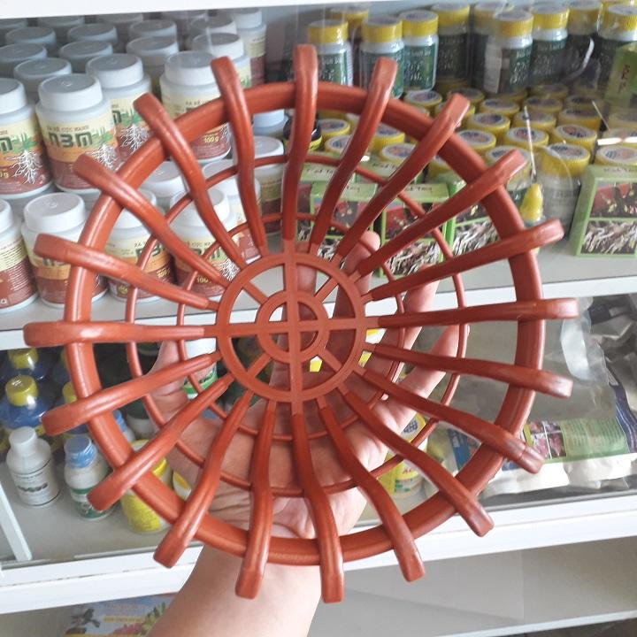 10 chậu nhựa giả gỗ kiểu chậu sen màu cam miệng 23 cm cao 10cm đáy 18cm