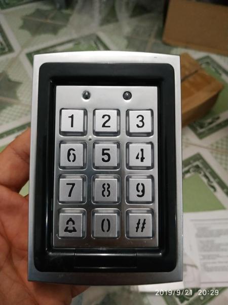 bàn phím số cửa cổng + đầu đọc thẻ từ Keypad for Swing gate