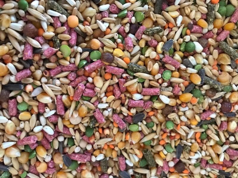 Ngũ cốc xay ép cám viên dành cho gà đá (1kg)
