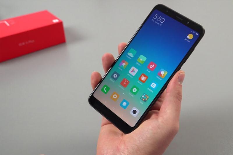Điện Thoại Xiaomi Redmi 5 Plus 2sim Fullbox Có Tiếng Việt Mới Tinh-Chính Hảng- Chơi FREE FIRE, PUBG, LIÊN QUÂN mượt/ Dung lượng pin:4000 mAh - Màn hình: IPS LCD, 5.99, Full HD+ chiến game mượt BẢO HÀNH 1 ĐỔI 1