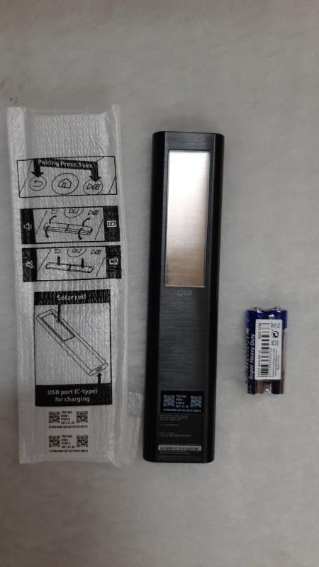 Điều Khiển Tivi Samsung Eco ( Dùng Pin Năng Lượng Mặt Trời ) chính hãng