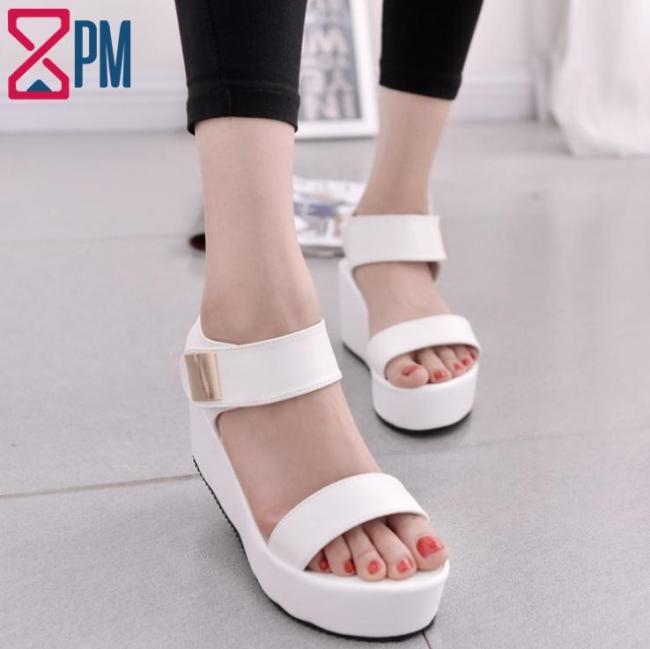 Giày Sandal Nữ Quai Ngang Dán Độn Đế G2301 giá rẻ