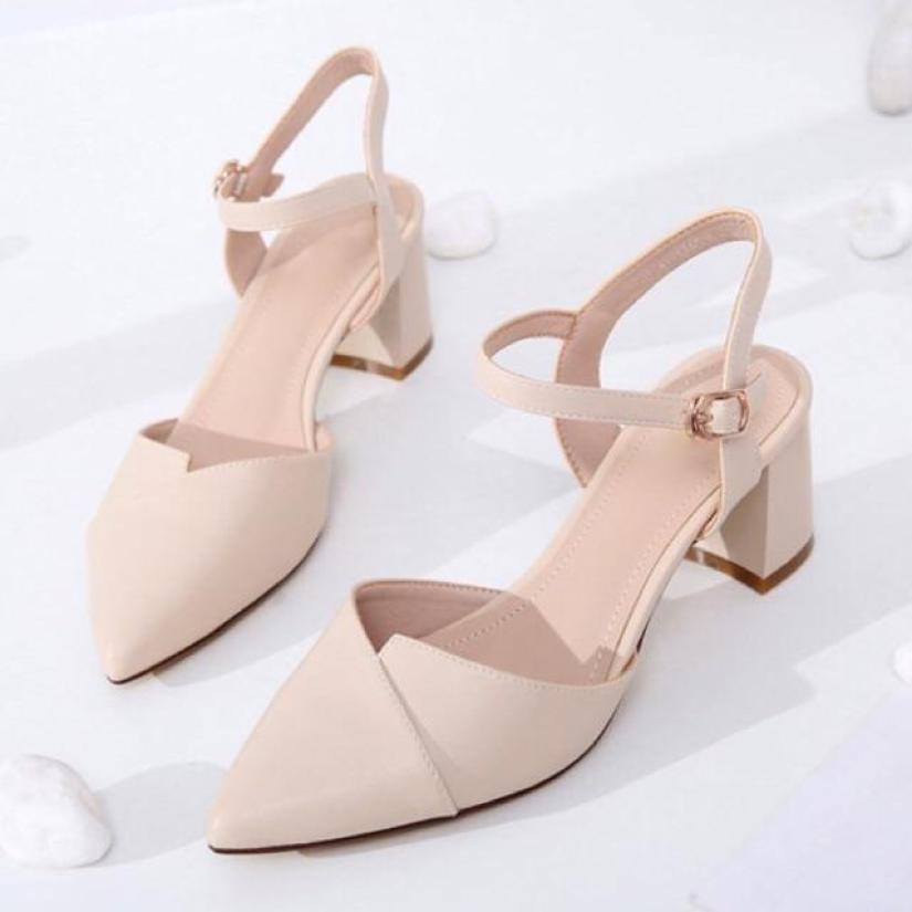 Sandal cao gót mũi nhọn 5p 2 màu kem và đen hàng thiết kế cực đep giá rẻ