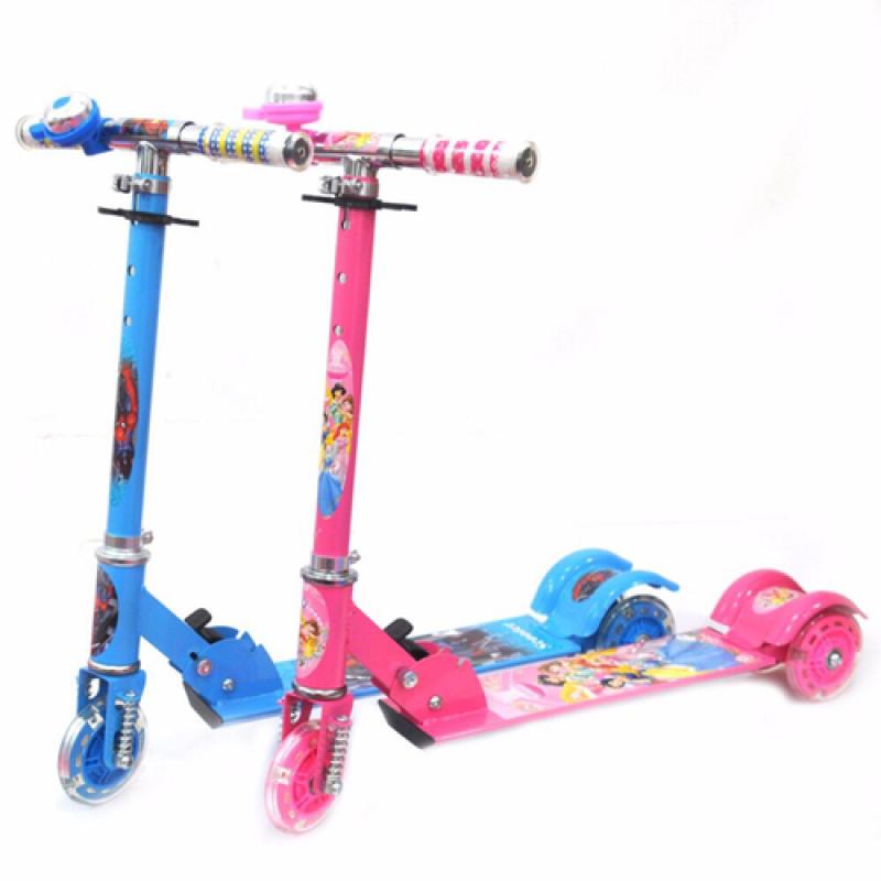 Mua [khuyễn mãi sale 45%-Tặng Kèm Chuông] Xe Trượt Scooter 3 Bánh Loại 1- Xe Trượt Scooter trẻ em 3 Bánh xe phát sáng [Mom & Kids  ]