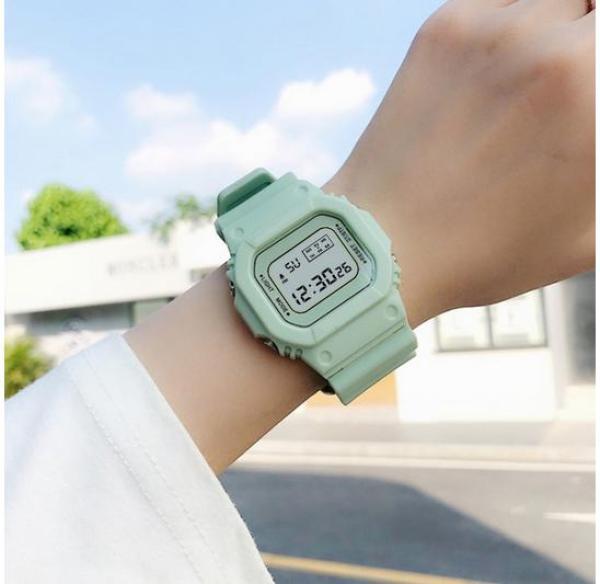 Đồng hồ thể thao nữ Shhors SPPORS mặt chữ nhật dây cao su size 36x32mm