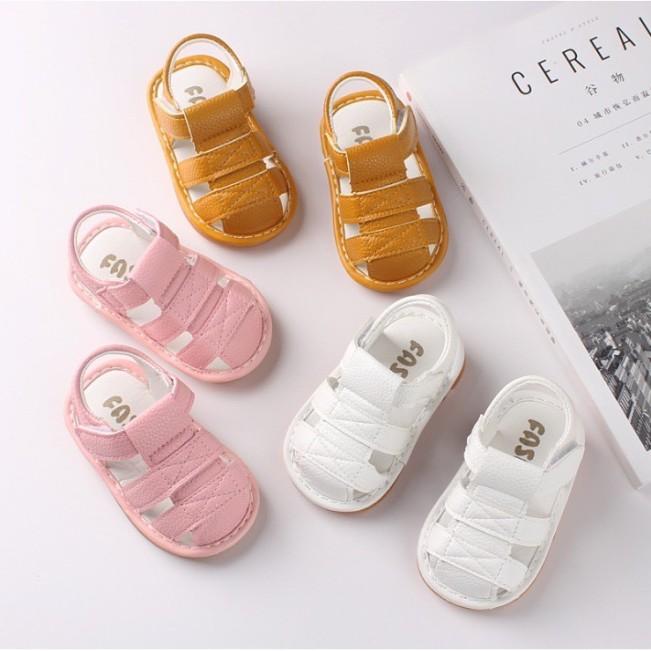 Sandal tập đi da siêu mềm có đệm gót đế kèn chút chít cho bé giá rẻ