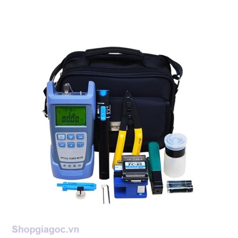 Bảng giá Bộ dụng cụ làm cáp mạng cao cấp gồm: Máy đo công suất quang đa năng HX + Dụng cụ cắt sợi quang FC 6S + Bút soi quang 1km + 2 kìm tuốt quang cao cấp + 1 lọ đựng cồn rửa dụng cụ + Tặng 1 túi đựng bộ dụng cụ siêu gọn Phong Vũ