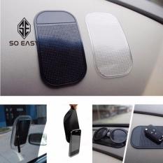 Hình ảnh Miếng dán điện thoại, chìa khóa silicon xoay 360 độ chống trượt trên xe ô tô, xe hơi (Đen) _ TT03