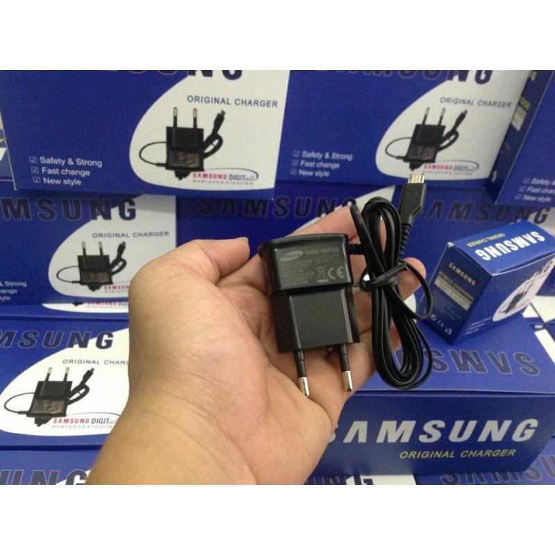Sạc Samsung dây liền