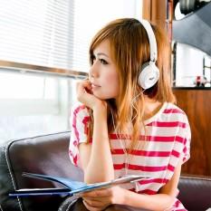 Mã Khuyến Mại Tai Nghe Chụp Tai High Quality Sound Salar Em520 Trắng Rẻ