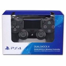 Tay cầm chơi game Sony Dual Shock 4 Wireless Controller (Đen)