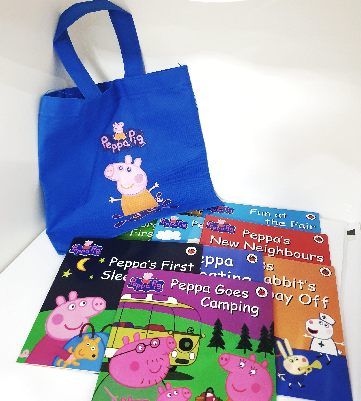 Sách Truyện Tiếng Anh Peppa Pig Cho Trẻ Em -Combo 10 Cuốn (Sách In Chất Lượng Cao) + Tặng Kèm Túi Vải In Hình Heo Peppa Pig + File Nghe Cùng Giá Khuyến Mãi Hot