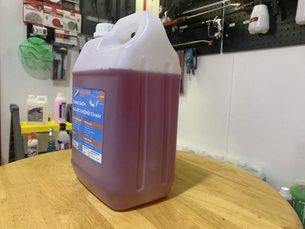 Dung dịch rửa xe không chạm siêu mạnh Grass 90 5 lít