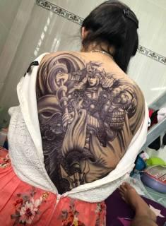 Hình xăm dán tattoo triệu vân kín lưng trắng đen 34x48cm (Tặng ngay 1 tấm size bắp tay. Tặng 1 tấm kín tay khi mua 2 kín lưng) thumbnail