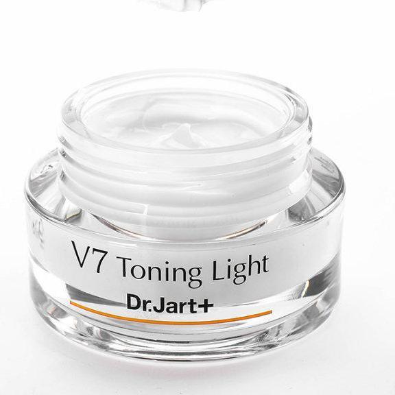 kem dưỡng da V7 Toning Light chính hãng
