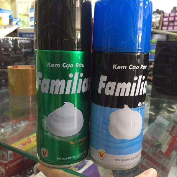 Kem (bọt) cạo râu Familiar Menthol 300g hai màu - Store Hàng Việt tốt nhất