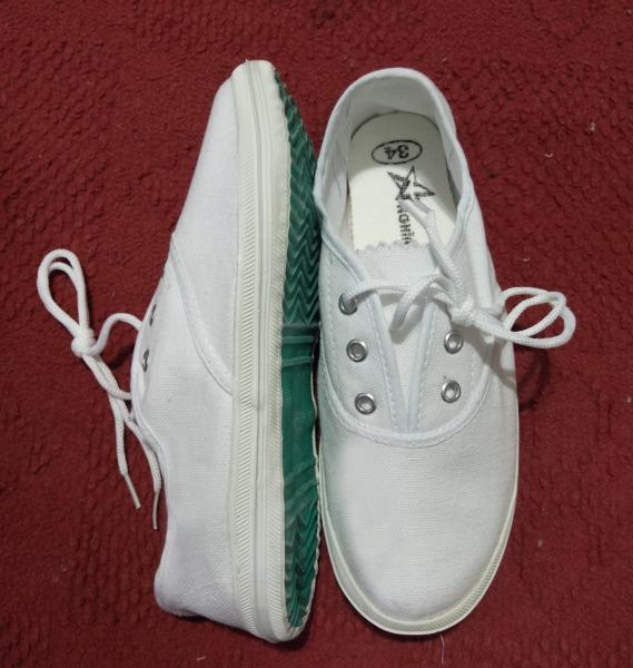 Giá bán giày bata chính hãng - shop thiên nhiên