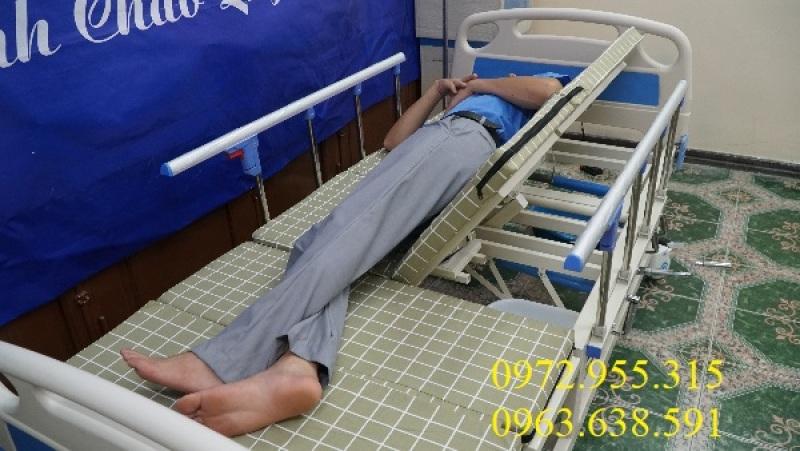 Giường Y Tế 4 Tay Quay - Hạ Chân Trong