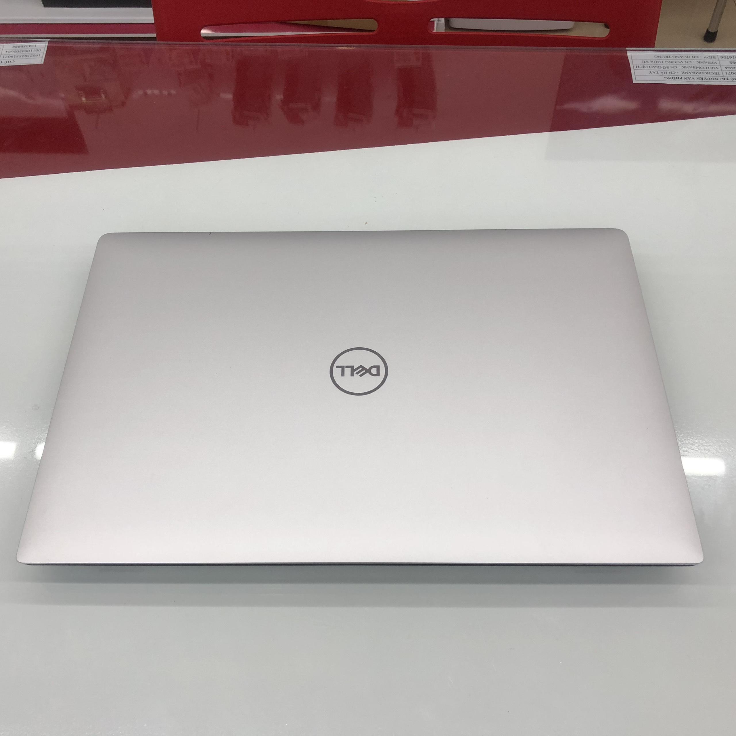 Laptop Dell Precision 5530 Core i7 8850H/ RAM 16GB/ SSD...