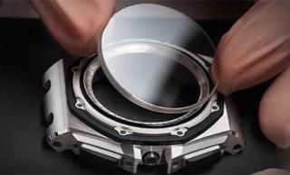 Mặt kính thay thế đồng hồ đeo tay, kính khoáng, size từ 200 đến 450, dày 1 li thumbnail