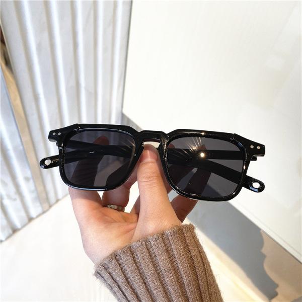 Giá bán Kính mát nam nữ nhiều màu phong cách Hàn Quốc siêu hot bảo vệ mắt chống tia UV, kính râm Unisex thời trang đẹp giá rẻ phù hợp đi chơi đi biển chống chói mắt 216