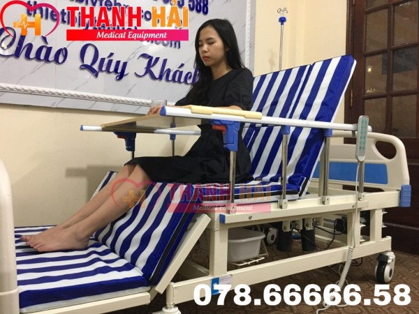 Giường điện chăm sóc bệnh nhân đa năng cao cấp