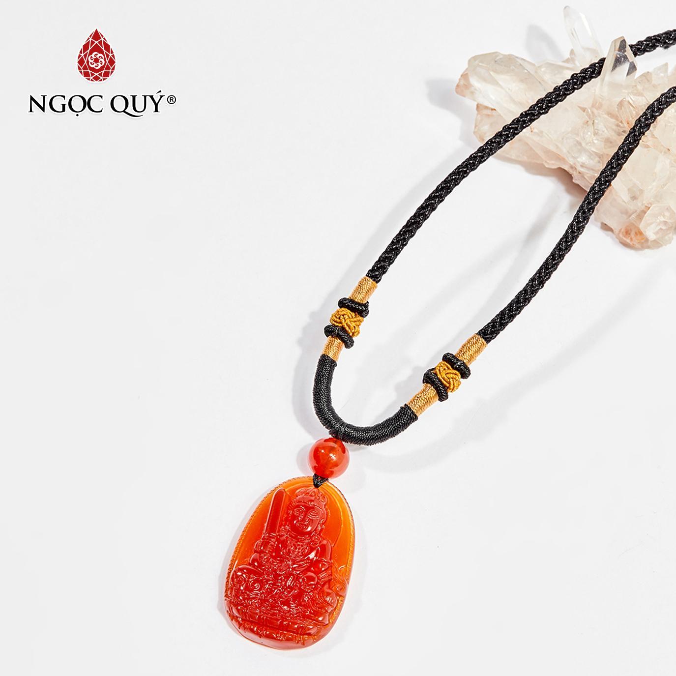 Mặt dây chuyền Phật bản mệnh đá mã não đỏ Văn Thù Bồ Tát tuổi Mão 3.6 x 2.3cm (màu đỏ) - Ngọc Quý Gemstones