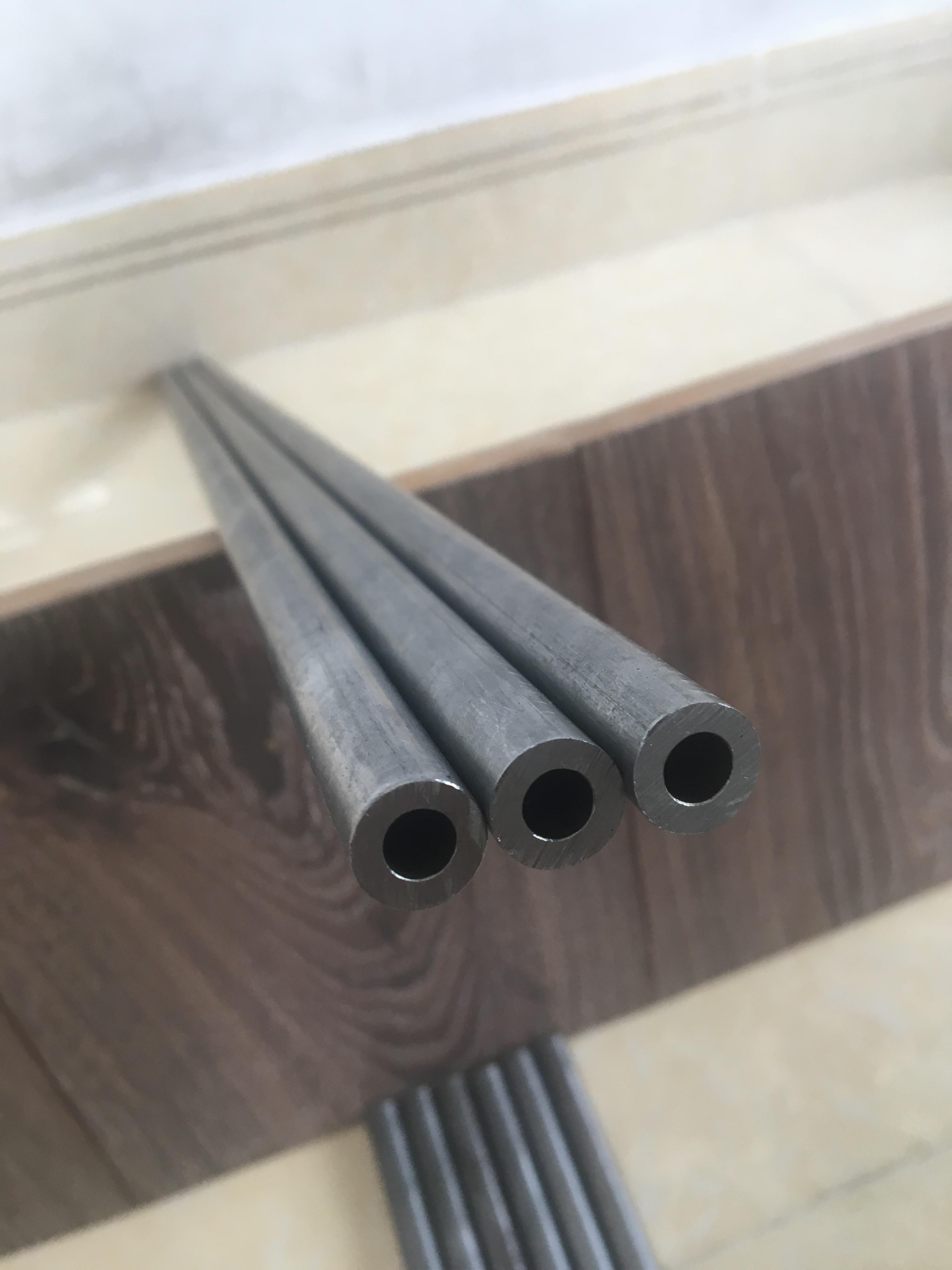 Ống thép đúc 6.4mm/phi12mm/70cm