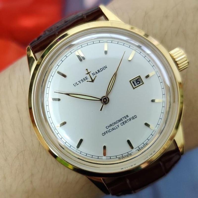 Nơi bán Đồng hồ nam - ULYSSE NARDIN mặt kính cong logo mỏ neo bọc vàng