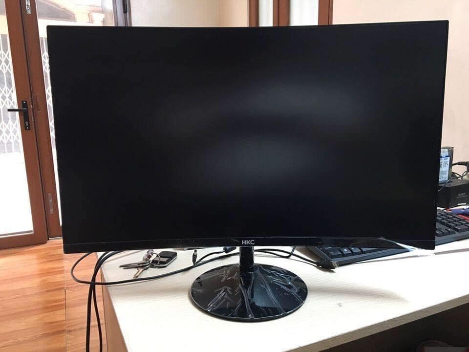 Màn hình 27 inch HKC C270 cong Full viền mới công nghệ LED tấm nền VA Full hộp độ phân giải Full HD cực nét hình ảnh cực sâu và chân thật