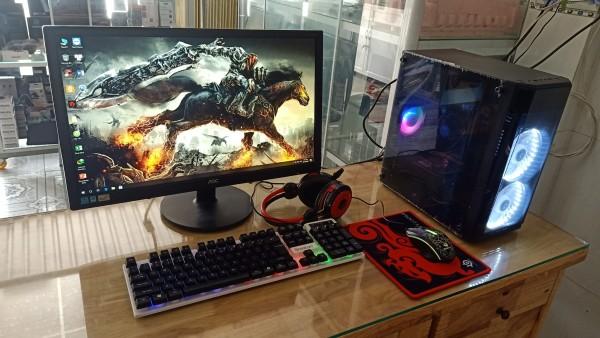 Bảng giá Bộ máy Gaming Led Đẹp Game Online cấu hình cao CPU Core i3 4130 Ram 8G VGA 2G DR5 Màn hình 22in SSD 120G kèm phone phím chuột led Phong Vũ