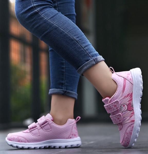 Giày thể thao cho bé gái, in hình Heo Peppa T036