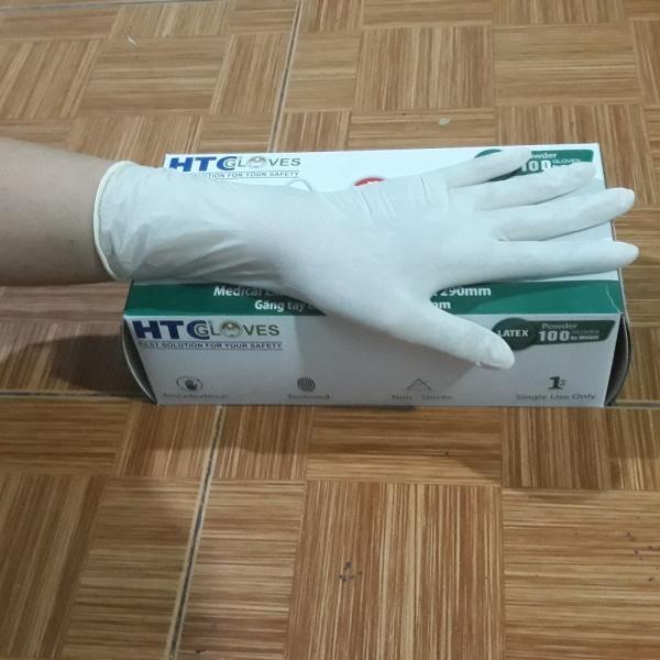 Găng tay y tế Latex có bột HTCglove dài 290mm