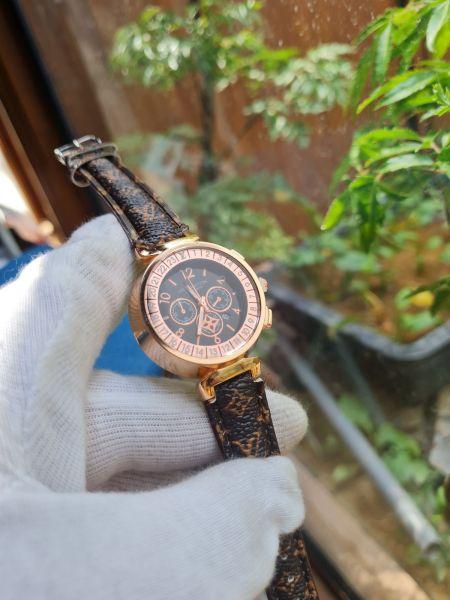 Nơi bán Đồng hồ nữ LV 28mm giá sale tặng hộp thời trang