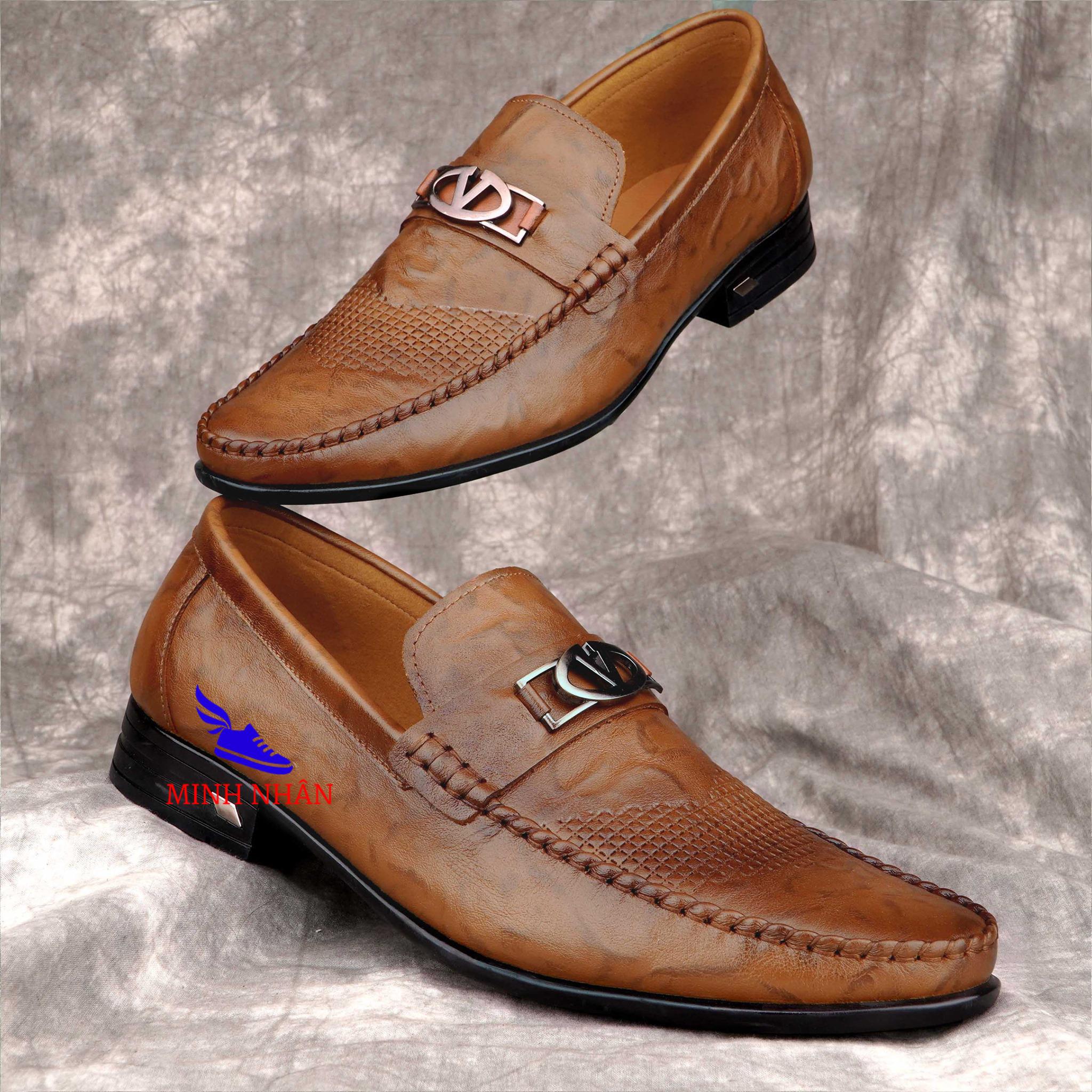 Giầy Lười Nam Da Bò giày mọi nam da bò đục lỗ thoáng khí Bảo hành 12 tháng Giày Cổ điển Da Doanh Nhân Đơn Giản Giày xỏ nam Giày Tây Giày Công Sở hàng hiệu cao cấp giá rẻ sang trọng L-8 màu 2 màu Đen Nâu