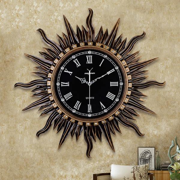 Đồng hồ treo tường trang trí phòng khách kiểu mặt trời D11 bán chạy